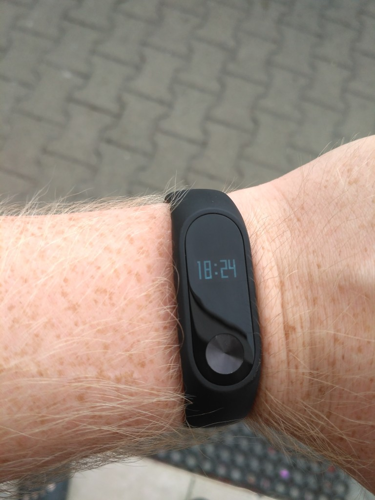 Xiaomi Mi Band 2 - Malý OLED displej