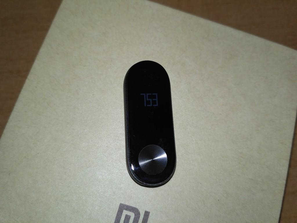 Xiaomi Mi Band 2 - Přední strana bez silikonového náramku