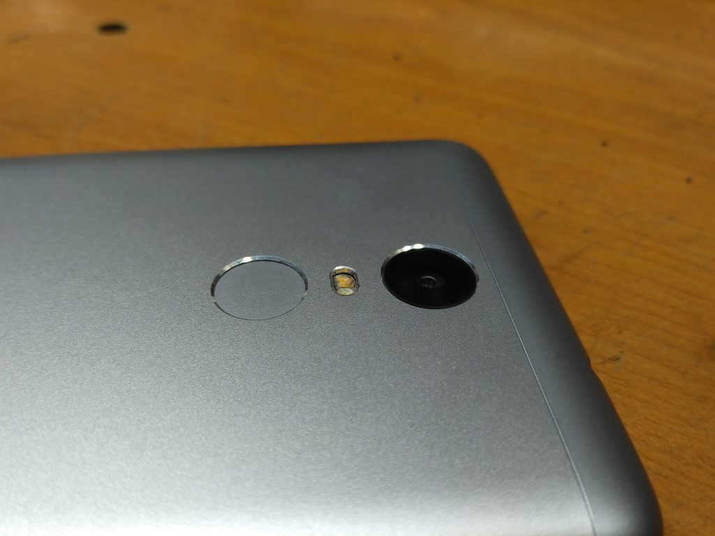 Čočka 16 Mpx fotoaparátu - Xiaomi Redmi Note 3 Pro
